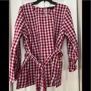 ELOQUII- Red/Gray checked tied top